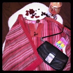 Sooo cute blouse with large bell sleeves NWT